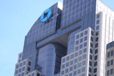 JPMorgan to shutter stand-alone Chase Pay app