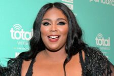 Lizzo issues apology after publicly accusing Postmates driver of stealing her food